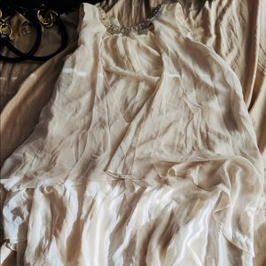 Dresses & Skirts - White flowy dress